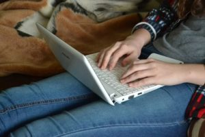 Comment gagner de l'argent chez soi grâce à l'écriture ?